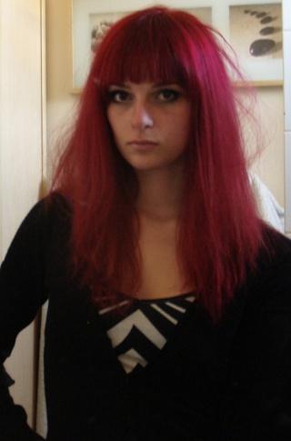 a lepoque je metais faite rouge chez le coiffeur et pour entretenir chez un tout pour la coiffure javais achet un rouge majirel de loral - L Oreal Coloration Rouge