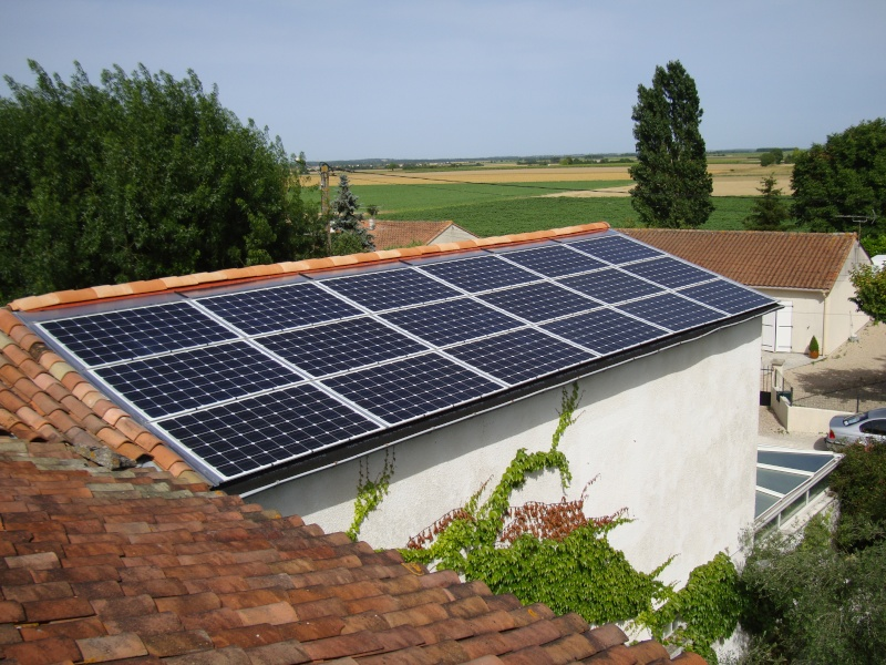 18 solar fabrik 245wc power one 5000 4 4kwc pirog du 16. Black Bedroom Furniture Sets. Home Design Ideas