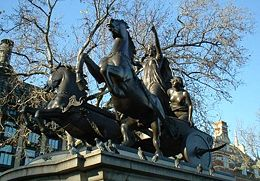 statue of Boudicca