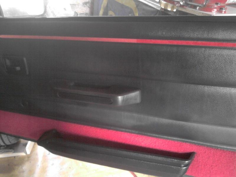 forum du 205 gti club de france afficher le sujet 205 gti 1 9 130 cv gris graphite. Black Bedroom Furniture Sets. Home Design Ideas