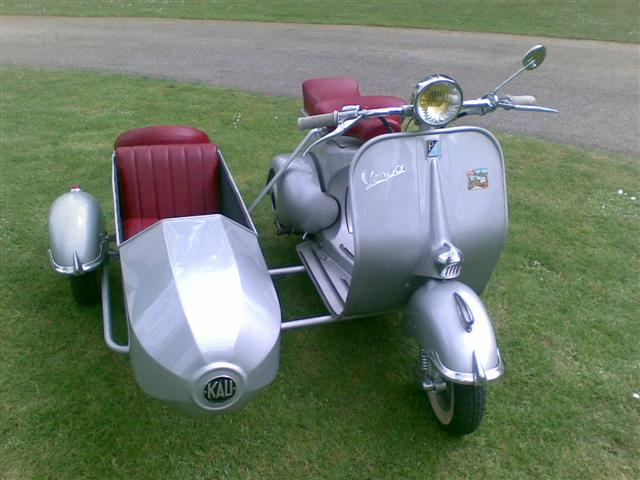 vespa side car vendre. Black Bedroom Furniture Sets. Home Design Ideas