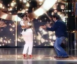 شاهد رقص وغناء هيفاء وهبي في دوي المشاهير