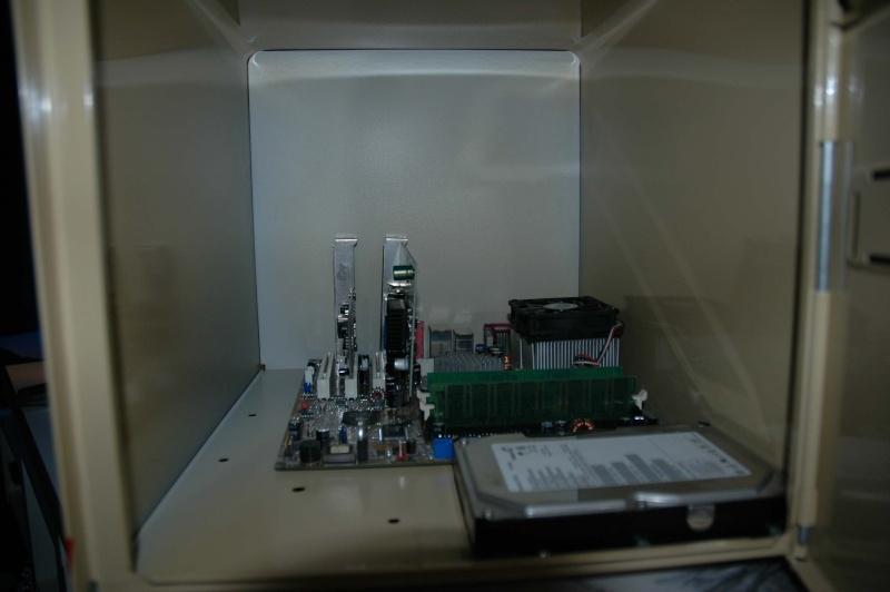 http://i45.servimg.com/u/f45/11/95/94/70/boite_10.jpg