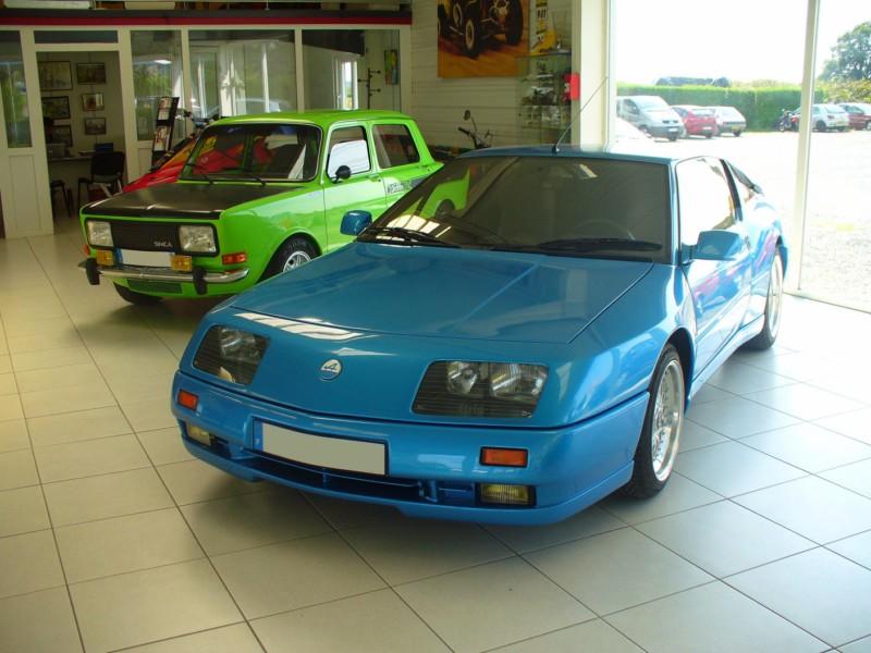 Concours juillet 2012 en vitrine des garages far for Garage renault garche 57