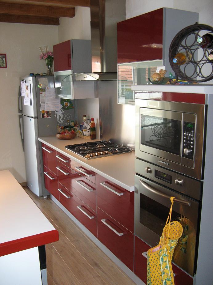 Projet cuisine rouge - Cuisine rouge et blanc photos ...