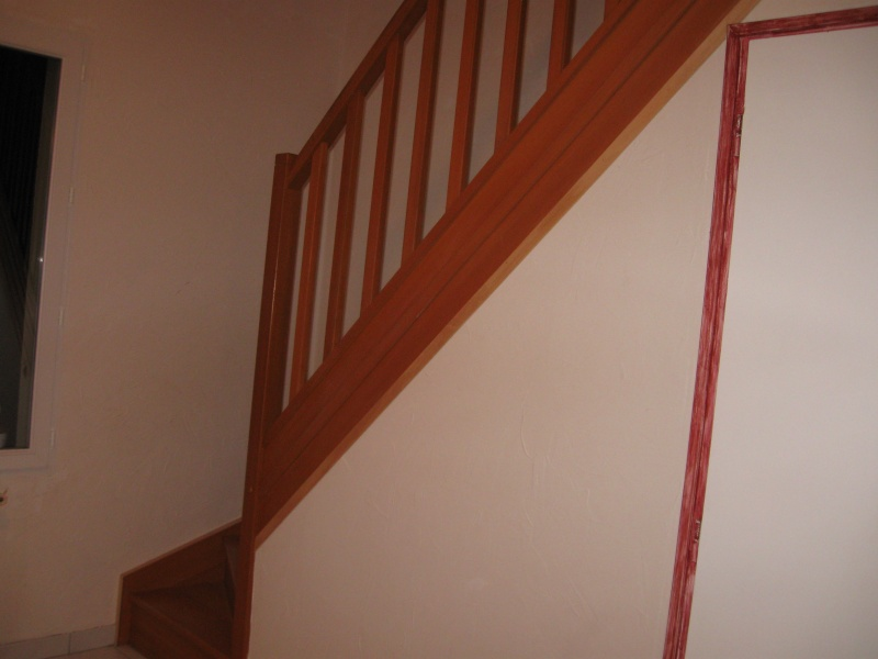 Urgence peintre pour escalier demain quelle couleur for Quelle peinture pour escalier bois