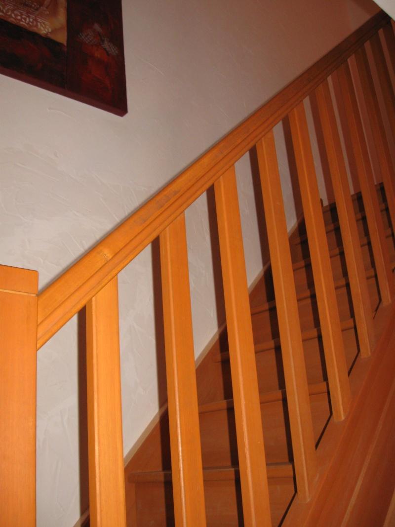 Urgence peintre pour escalier demain quelle couleur for Quelle couleur pour mon escalier en bois