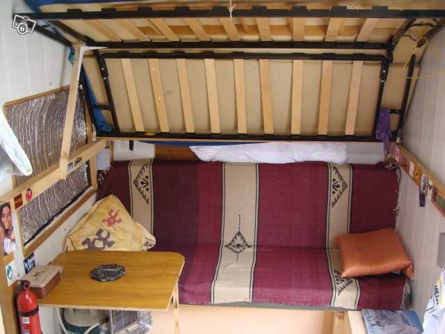 Un lit qui decend du plafond - Lit qui descend du plafond ...