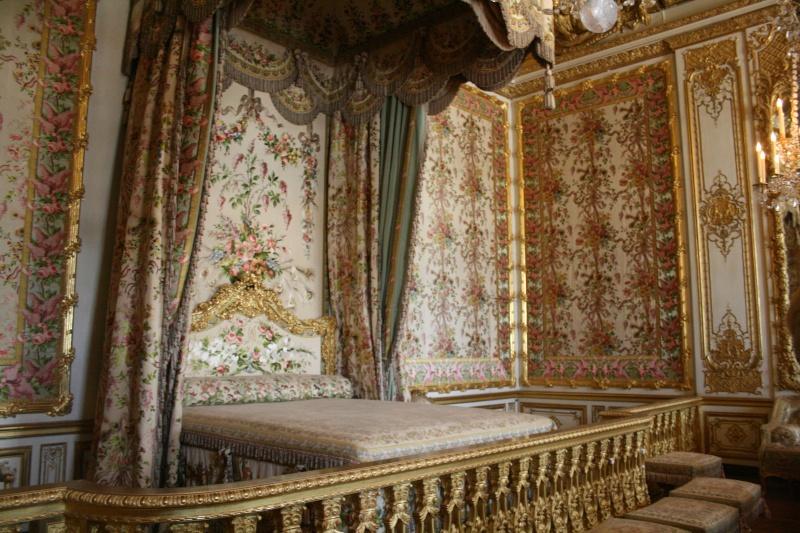 Versailles la chambre de la reine page 3 for Chambre de la reine