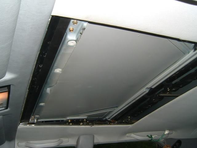 probl mes toit ouvrant lectrique. Black Bedroom Furniture Sets. Home Design Ideas