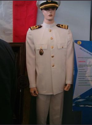 officier tenue blanche