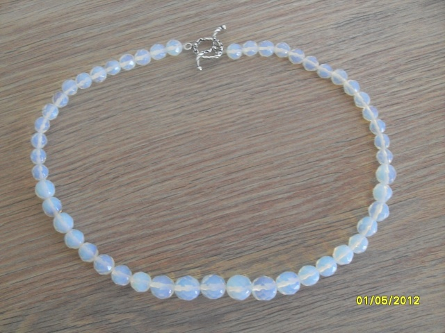 collier opalite