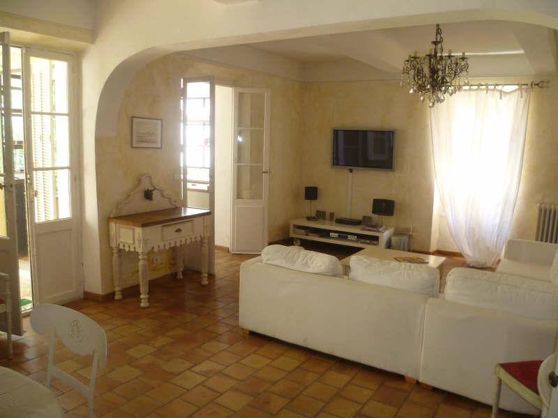 Arthecoleine pi ce vivre avec tomettes photos p22 - Decoration maison avec tomettes ...