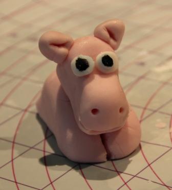 hippopotame en pâte à sucre
