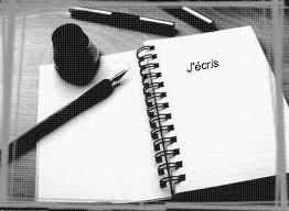 Le papier et les lettres dans MOMENT DE VIE ecris10