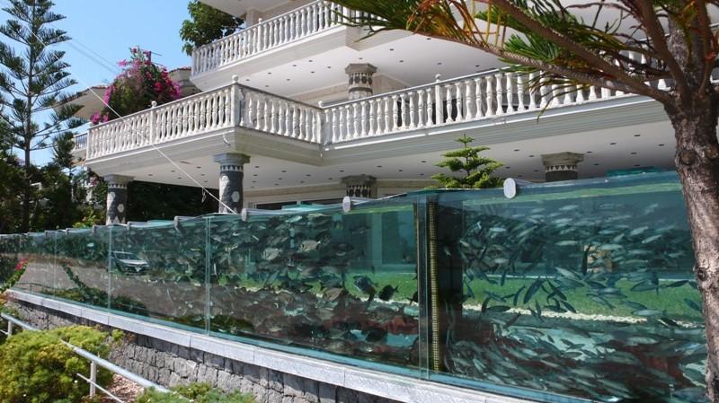 Aquarium De Fou priv Ou Publique