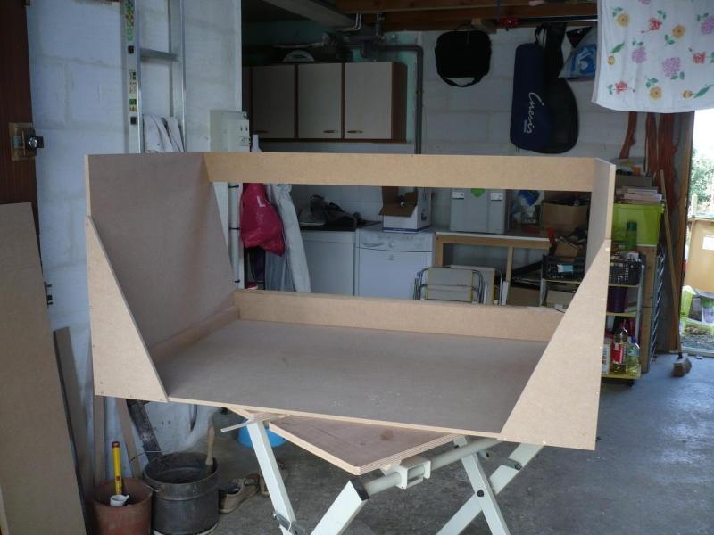 r alisation d 39 un coffre de voiture en medium. Black Bedroom Furniture Sets. Home Design Ideas