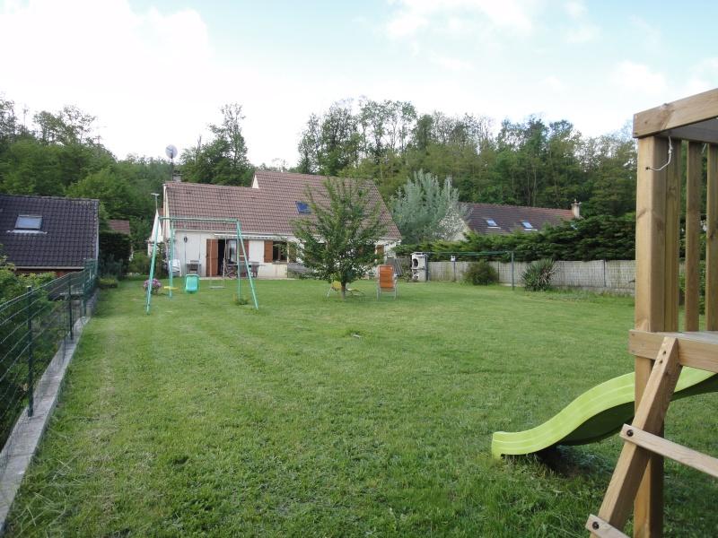 Grand jardin am nager d 39 entretien facile for Amenagement grand jardin