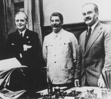 Le pacte germano-soviétique, août 1939 pacte10