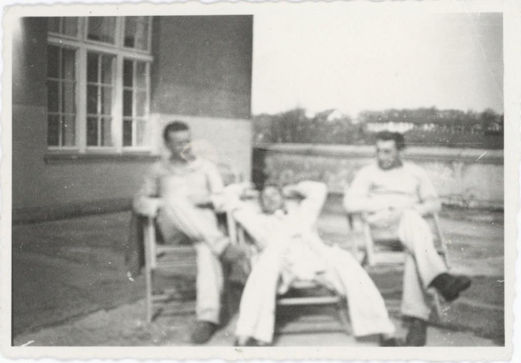 1944_112.jpg